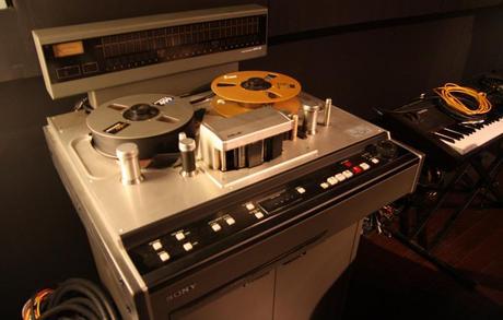 2-tape-machine